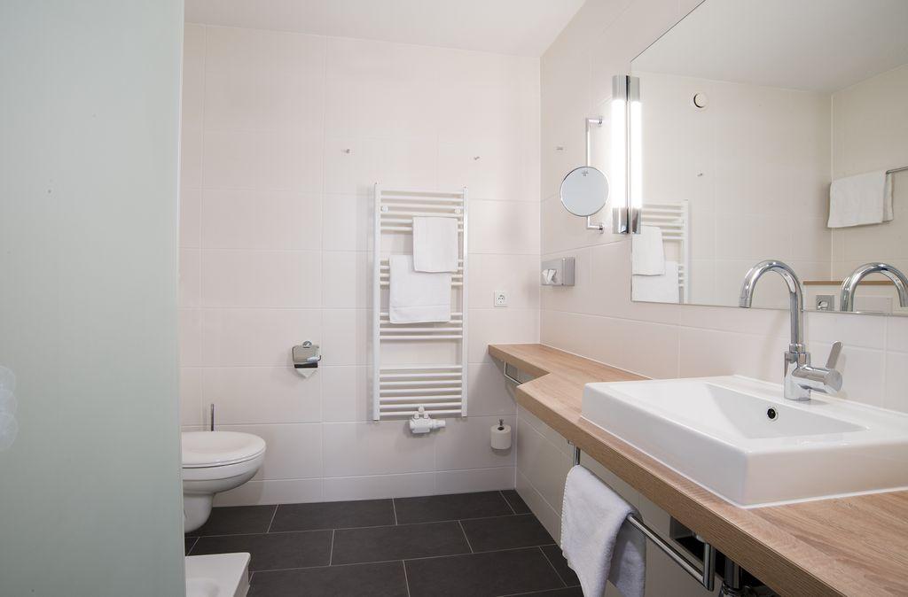 2 raum apartment haus 3 ca 70 qm. Black Bedroom Furniture Sets. Home Design Ideas