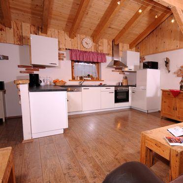 offener & großzügiger Küchenbereich , Almchalet Dorfblick in Mühlbach am Hochkönig, Salzburg, Salzburg, Österreich