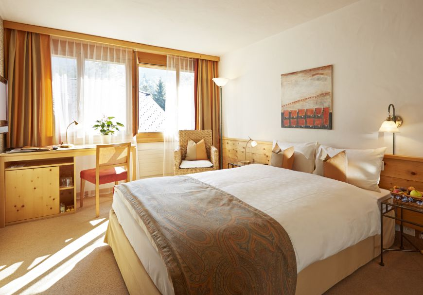 """Zimmer mit Queensize Bett """"Comfort"""""""