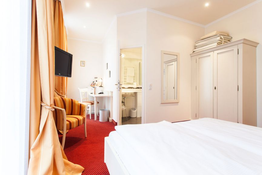Romantik Doppelzimmer Hotel Zur Sonne