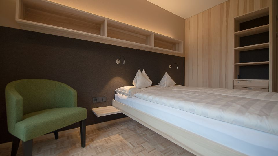 Doppelbettzimmer 18m² Modern