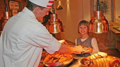 Abwechslungsreiche Themenbuffets mit typisch österreichischen und internationalen Spezialitäten