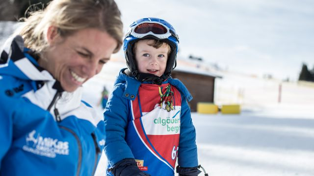 "Ski Kids All In ""Chalet Genuss"""