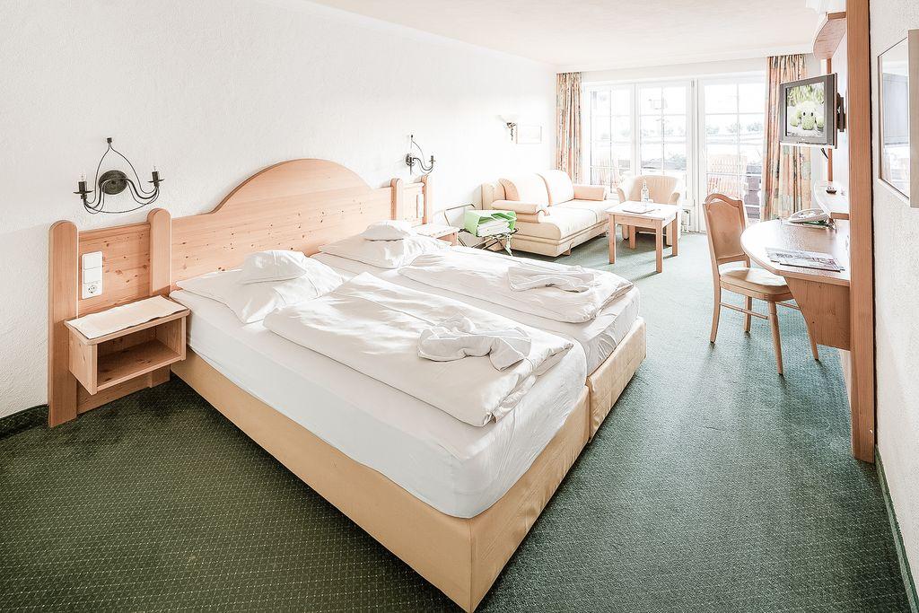 Fam zimmer siplinger 30 m for Hotelsuche familienzimmer