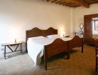 """Double Room """"Hopfenbuche"""" - Bio-Agriturismo La Cerqua"""