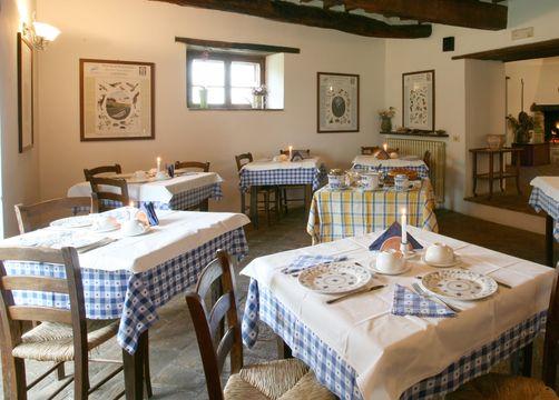 Bio-Agriturismo La Cerqua, Pietralunga (Perugia), Umbria, Italy (7/12)
