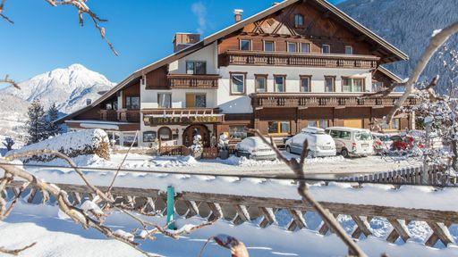 Schnee! Wintertraum im Pitztal. Beste Bedingungen zum Skifahren im Familotel Sailer & Stefan | Familotel Pitztal