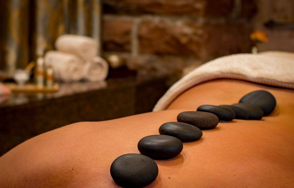 Hot-Stone-Massage Ganzkörper