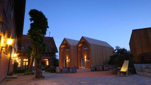 Im Herzen zwischen Tradition und Neuem haben diese modernen Cabins ihren Platz gefunden.