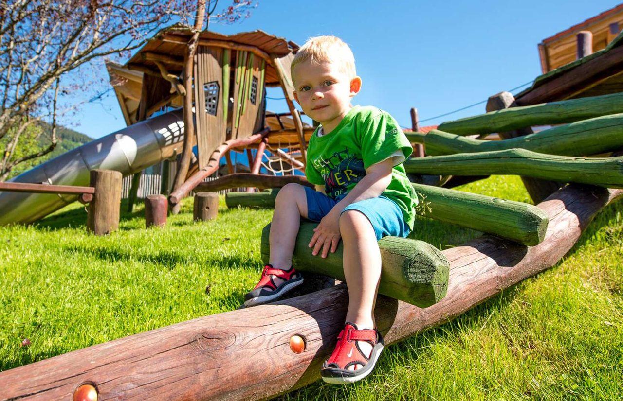 imp_krone_kind-outdoorspielplatz.jpg