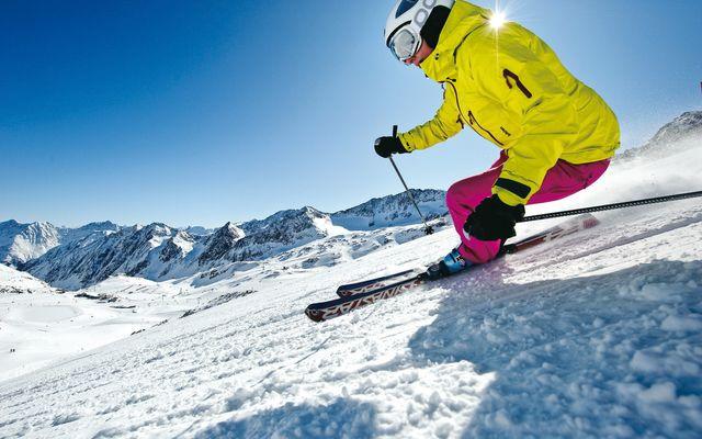 Family-Skiing_Schlick2000_-c-_Schlick2000_Andre_Schoenherr__5_.jpg