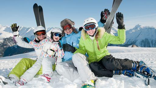Von Skifahren, Langlaufen über Rodeln ist hier alles möglich.