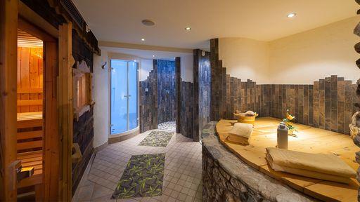 Im Familotel Oberkarteis können Sie wohltuende und entspannende Massagen oder Kosmetikbehandlung genießen.