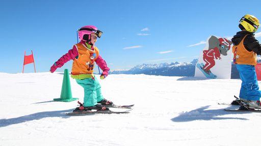 Weiß funkelnde Berggipfel, tief verschneite Märchenwälder und sonnenverwöhnte Panoramen.
