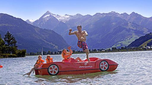 Ein privater Badestrand am Zeller See ist ein kleines Luxusgut, das exklusiv unseren Gästen vorbehalten ist.