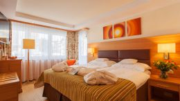 Apartments Apartment Alphubel - 2 2/4