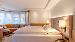 "chambres doubles Chambre avec Baie Vitrée ""Fletschhorn"" - 4 4/6"
