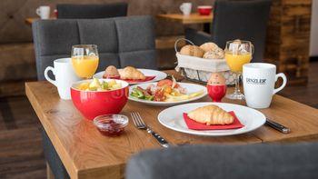 Frühstückstisch Hotel Trauschmiede