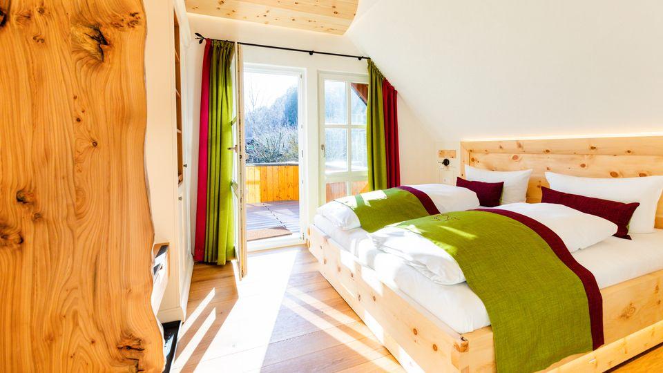 Landhauszimmer mit Balkon