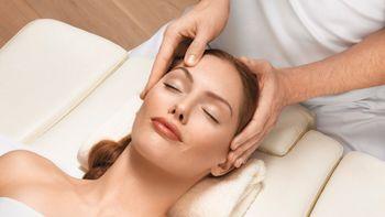 Kopf-und Nackenmassage