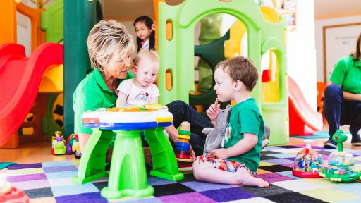 Abwechslungreiches Programm erwartet die Kinder im Happy-Club.