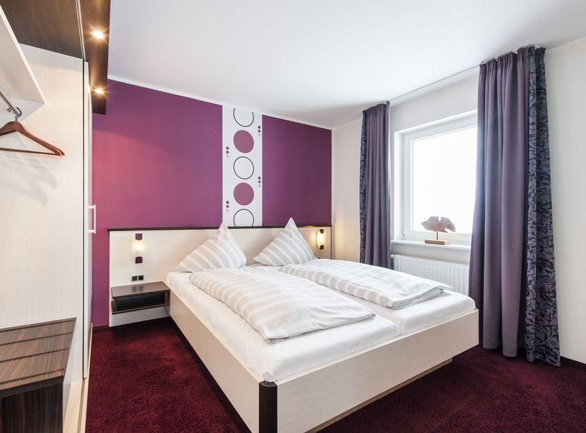 BIO HOTEL Fauna: Doppelzimmer - Hotel Fauna, Breiholz, Schleswig-Holstein, Deutschland