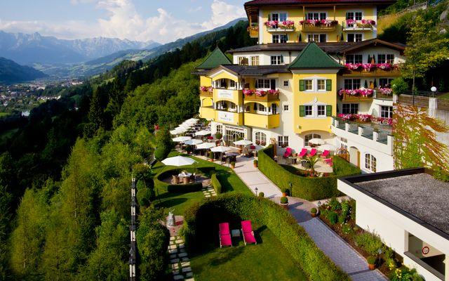 Hotel Alpenschlössl Sommeraufnahme