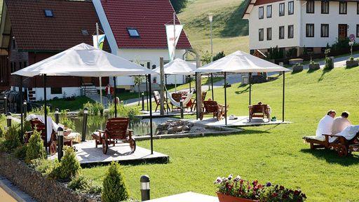 Einer familienfreundliche Wanderung auf Kinderwanderwegen oder eine schöne Radtour im Naturpark Südschwarzwald.