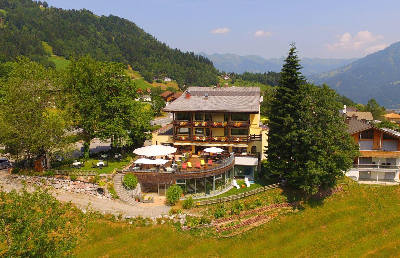 Natur-Erlebnis Hotel Taleu Bildergalerie