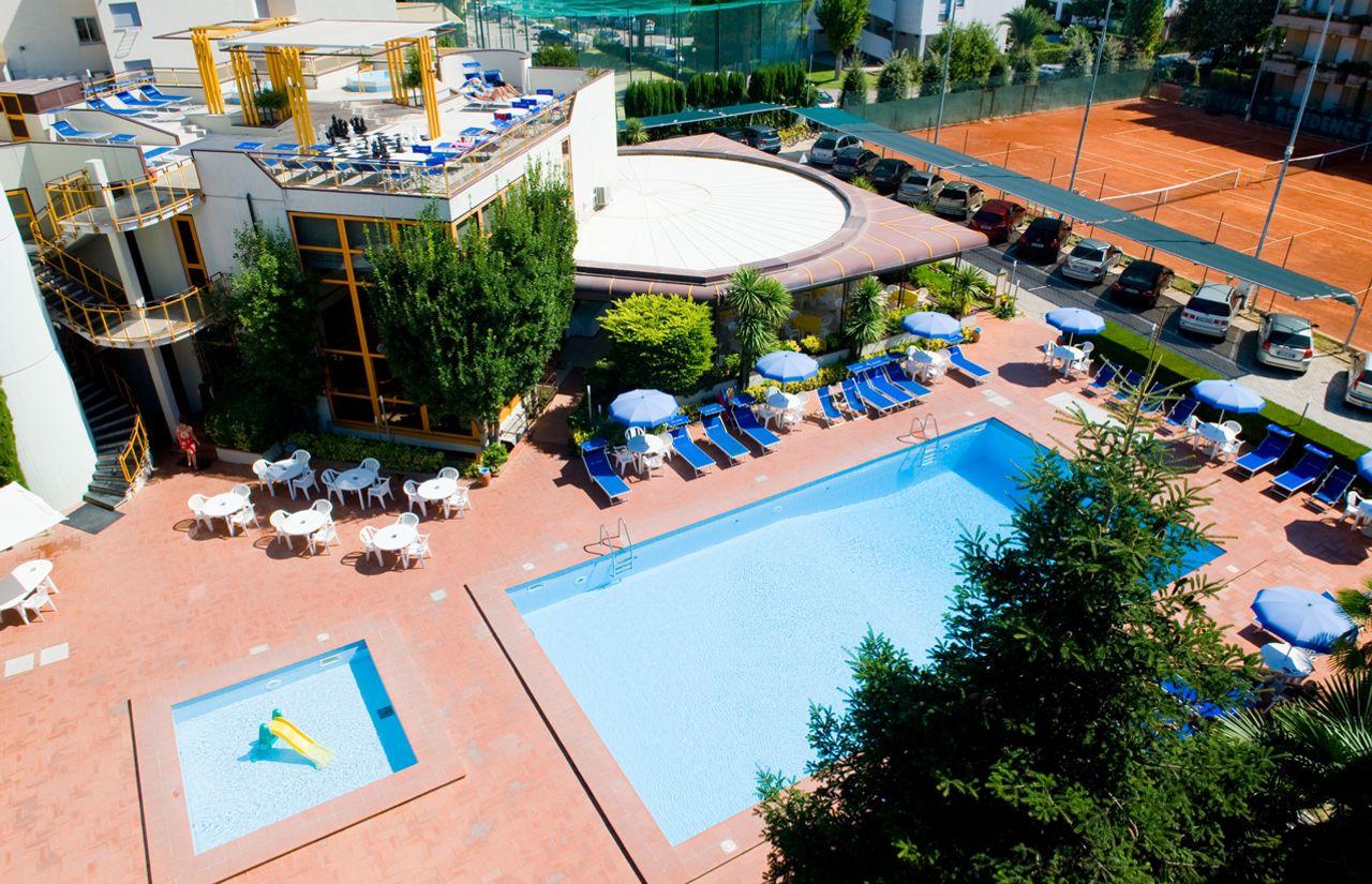 Service für Kinder im Residence Hotel Paradiso