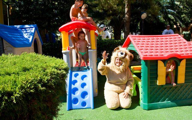 viele Spielmöglichkeiten für Kinder
