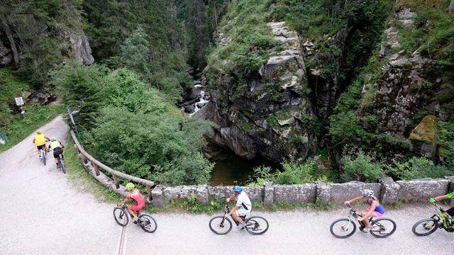 Sport für alle … E-Biken & Trekking