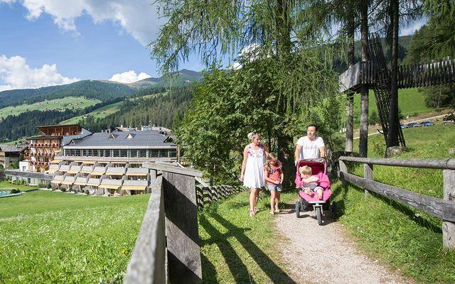 Familienurlaub im Wander- und Skiparadies Drei Zinnen Sextner Dolomiten