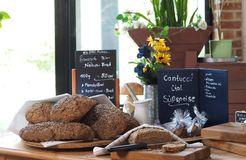 Biohotel Insel Usedom: Hausgebackenes Brot - Gutshof Insel Usedom, Mellenthin, Mecklenburg-Vorpommern, Deutschland
