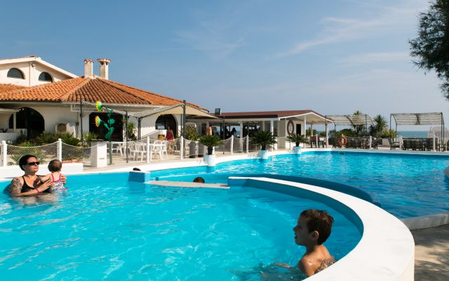 Familienurlaub in Italien am Meer mit  All Inclusive Drink and Food