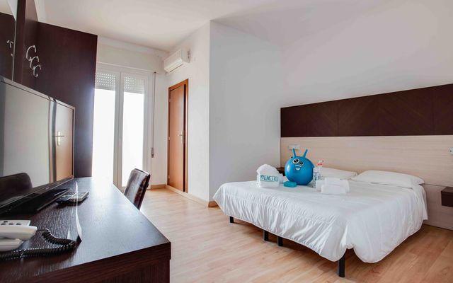 Plus Zimmer 23qm mit Verbindungstüre