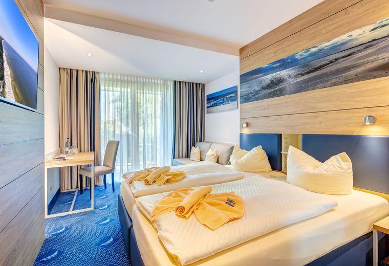 FAMILIEN WELLNESS HOTEL SEEKLAUSE in Trassenheide: 2 Raum Apartment Balkon/Terrasse                                       (Last Minute)
