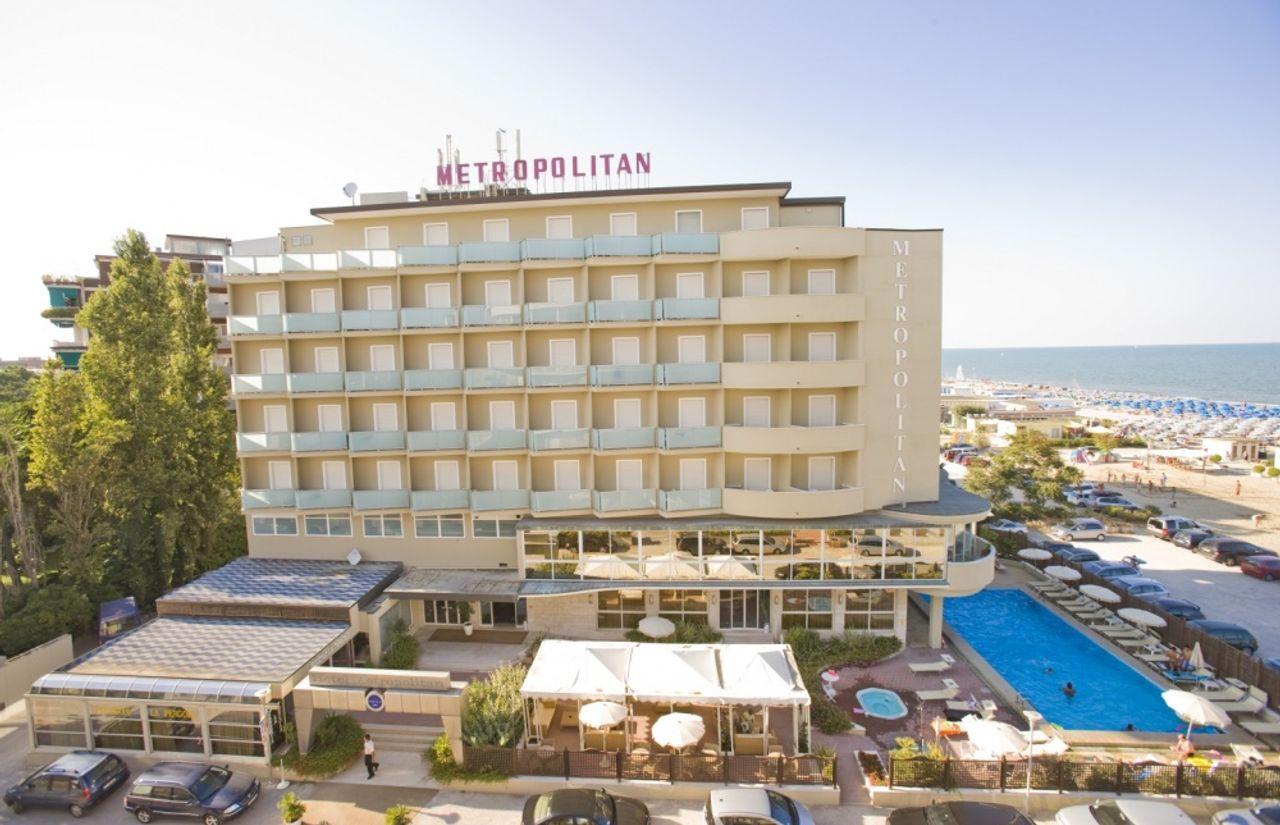 Color Metropolitan Beach Family Hotel Bildergalerie