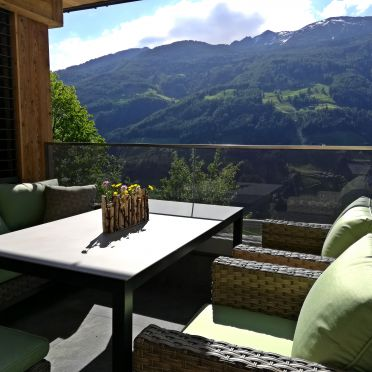 Terrasse , Naturchalet INSToul, St. Johann im Ahrntal, Südtirol, Trentino-Südtirol, Italien