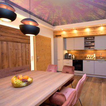 Küche, Deluxe Suite Goldreh in Kaltenbach im Zillertal, Tirol, Tirol, Österreich