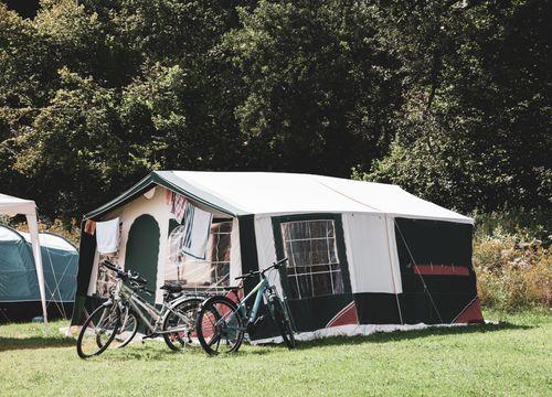 Parcheggio incl. bici / moto con tenda (1/1) - Bruggerhof – Camping, Restaurant, Hotel