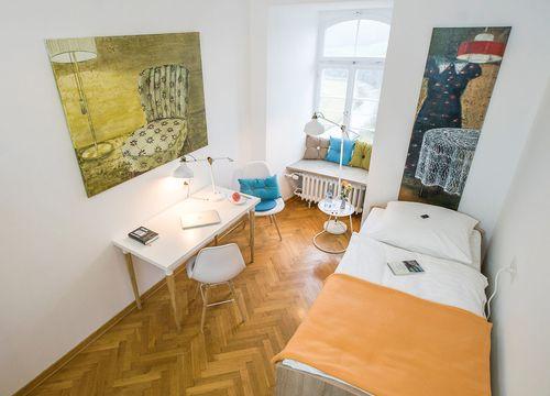 Einzelzimmer Standard mit Bad (1/2) - Biohotel Schloss Kirchberg