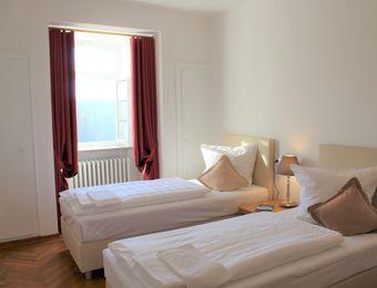 Doppelzimmer Twin mit Bad - Biohotel Schloss Kirchberg