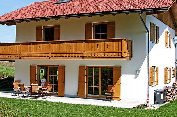 Außen Sommer 1 - Hauptbild, Ferienchalet Schwänli in Oberammergau, Oberammergau, Oberbayern, Bayern, Deutschland