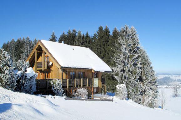 Außen Winter 25 - Hauptbild, Ferienchalet Katrin, Siegsdorf, Oberbayern, Bayern, Deutschland