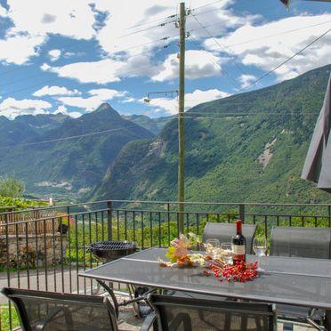 Innen Sommer 2, Rustico Ca'di Garoi im Tessin, Malvaglia, Tessin, Tessin, Schweiz