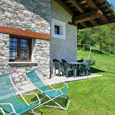 Außen Sommer 2, Rustico Pra Viei, Sampeyre, Piemonte-Langhe & Monferrato, Piemont, Italien