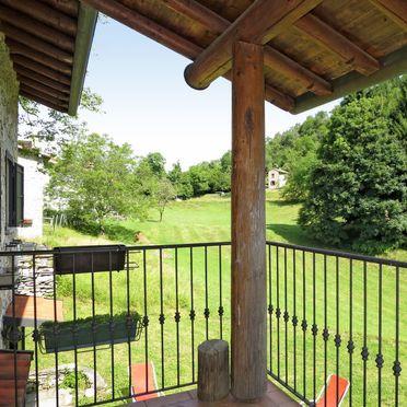 Innen Sommer 3, Rustico Alpe in Castelveccana, Castelveccana, Lago Maggiore, Lombardei, Italien