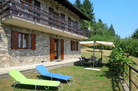 Innen Sommer 1 - Hauptbild, Rustico Fiorella, Luino, Lago Maggiore, Lombardei, Italien