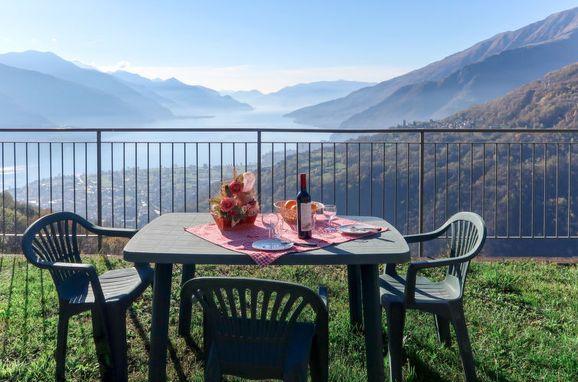 Außen Sommer 1 - Hauptbild, Chalet Antonia, Gravedona, Comer See, Lombardei, Italien
